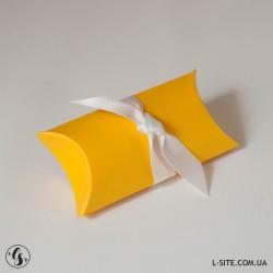 """Коробочка-""""пирожок"""" для флешки из матового дизайнерского картона"""