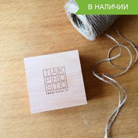 Короб из дерева для флешки