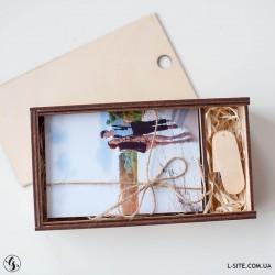 Короб для фотографий 10х15 с отделением для флешки