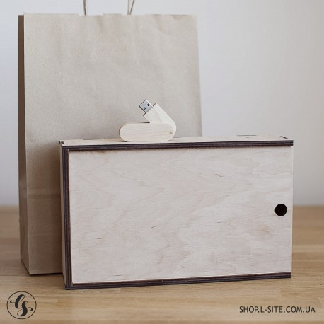 Набор флешка + фанерный короб для фото и отделением для флешки