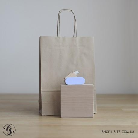 Набор цветная флешка + коробка