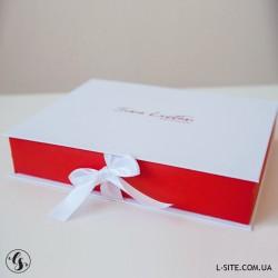 Короб для фотографий с откидной крышкой и цветными бортами из матовой дизайнерской бумаги