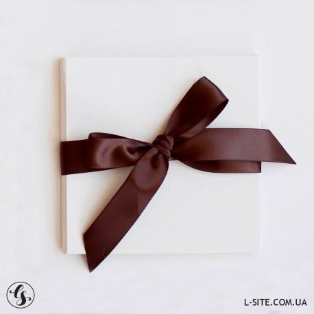 Коробка для диска с лентой в эко-стиле