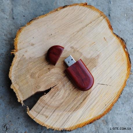Флешка деревянная с логотипом на магните