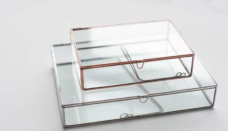 Стеклянная коробка для фотографий
